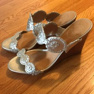 Jack Rogers Gold Lucia Wedge Size 9